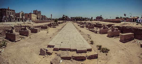 pano_egypt_luxoralley.jpg