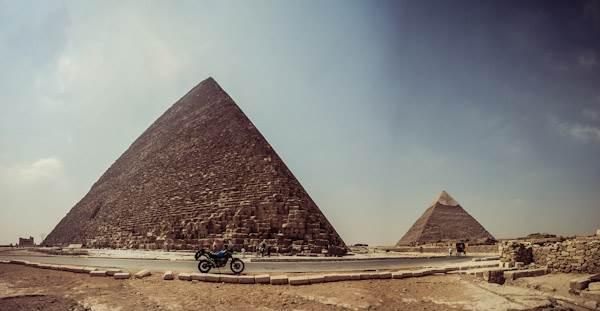 pano_egypt_pyramids3.jpg